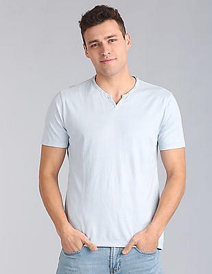 GAP Men Blue Essential Short Sleeve Notch T-Shirt