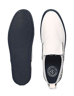 Aeropostale Solid Canvas Slip On Shoes