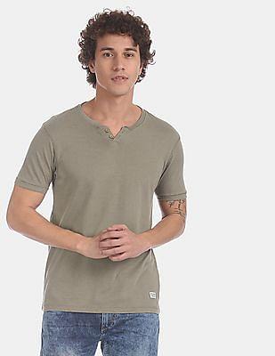 Flying Machine Green Solid Henley T-Shirt
