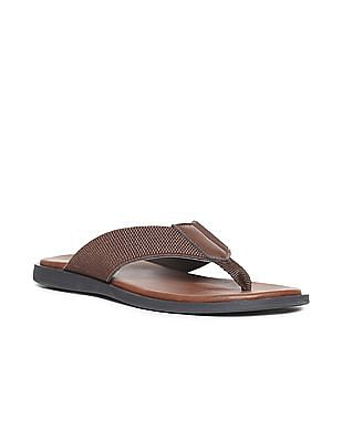 Arrow Textured V-Strap Sandals