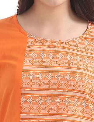 Karigari Embroidered Panel Kurta