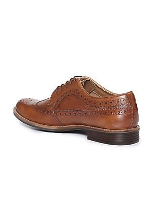 aa2b0a5b0f03fb Buy Men Wingtip Perforated Brogue Shoes online at NNNOW.com