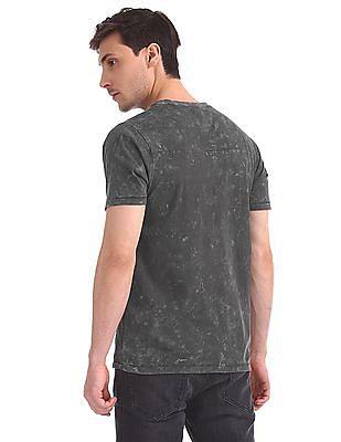 Cherokee V-Neck Washed T-Shirt