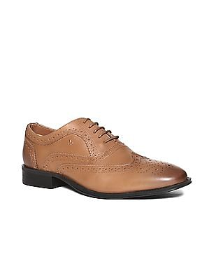 Arrow Wingtip Leather Oxford Shoes