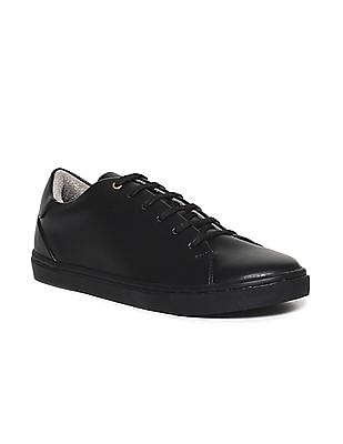 Ruggers Black Low Top Lace Up Sneakers