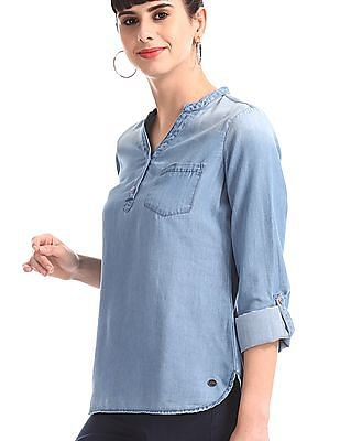 U.S. Polo Assn. Women Blue Washed Chambray Top