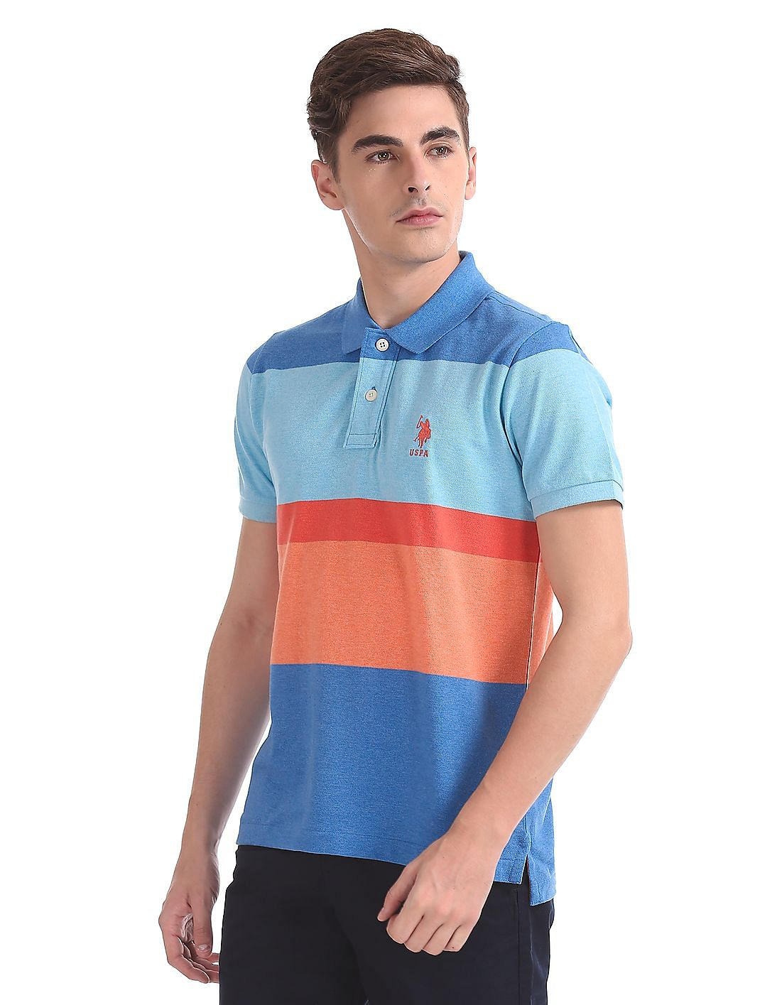 11d38071c45 Buy Men Regular Fit Colour Block Polo Shirt online at NNNOW.com